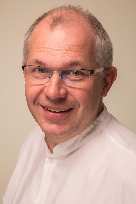 Dr. Winfried Mohr